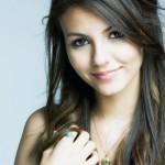 6 Derita Menjadi  'Awek Cantik'