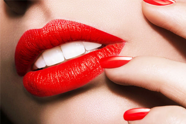 Lipstik Merah - Women Online Magazine