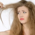 5 Cara Mengatasi Rambut Kering