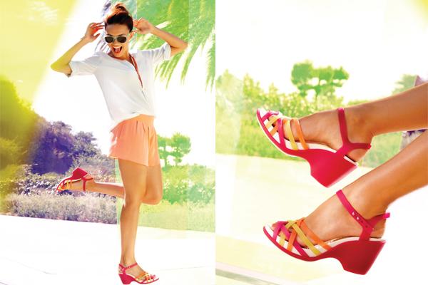 Kasut Crocs merah - Women Online Magazine