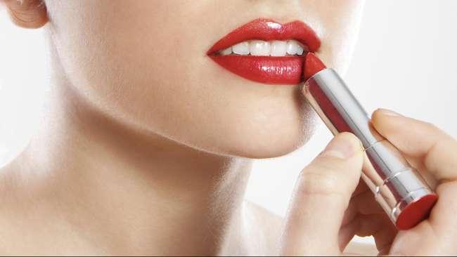 lipstik tahan lama -wom.my
