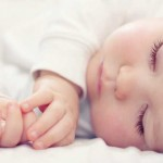 5 Cara Melatih Pola Tidur Bayi