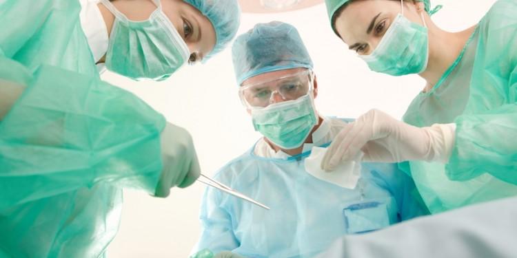 Pembedahan Laparoskopi cover - woman online magazine